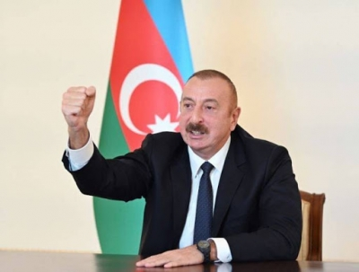 Armed forces of Azerbaijan hoist Azerbaijani flag over ancient Khudafarin Bridge